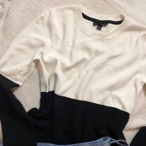 🌱 TOPSHOP - Black and White Blouse
